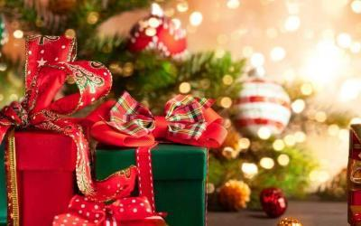 10 Of Our Top Money Saving Tips At Christmas